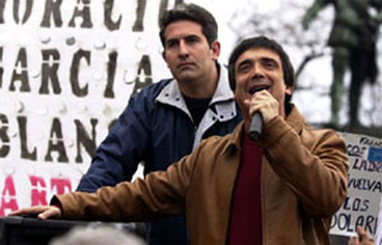 """Artaza se presenta en sus redes como """"militante radical"""""""