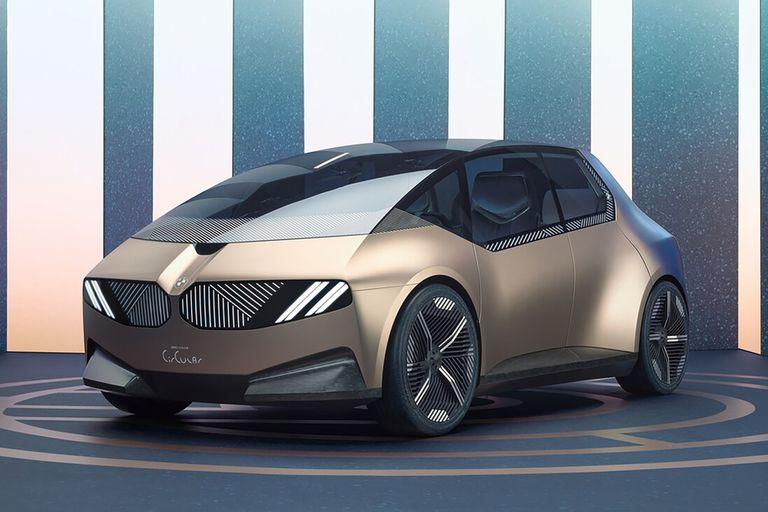 """BMW i Vision Circular, ideas a lo lejos. Quizás el diseño más futurista que se vio en Munich, muestra un """"compacto"""" de 2040 totalmente reciclable y con un nuevo lenguaje de los famosos """"riñones"""" frontales"""