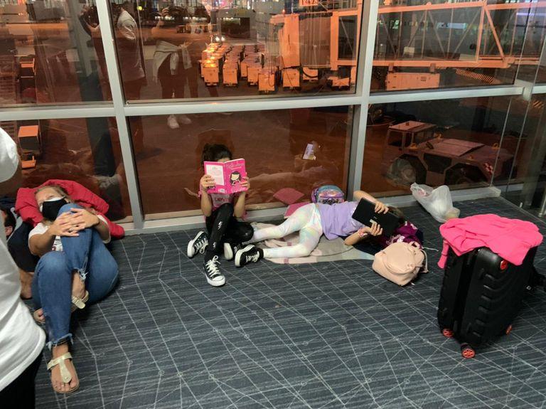 En aquellos destinos que solo tienen un vuelo aprobado hasta el 12 de julio, la demora de muchos pasajeros para retornar a sus hogares podría extenderse hasta 5 meses si se mantiene el cupo de ingreso de 600 pasajeros diarios, según Jurca