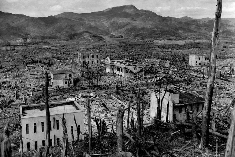 Llueve sobre Nagasaki, recuerdos del espanto de la bomba atómica
