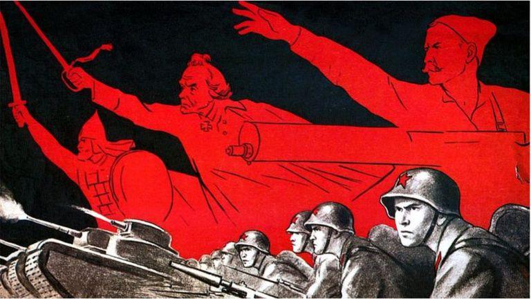 La propaganda fue clave en la Segunda Guerra Mundial. La soviética, como en este cartel, trató de mantener alta la moral en la resistencia a la invasión nazi.