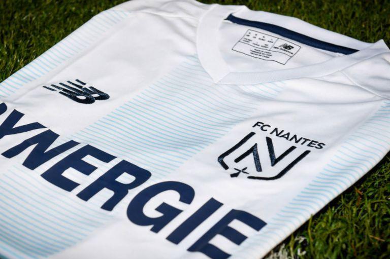 "Homenaje. Así es la camiseta ""argentina"" de Nantes para recordar a Emiliano Sala"