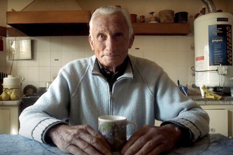 A los 97 años, grabó un podcast para contar sus secretos de la longevidad