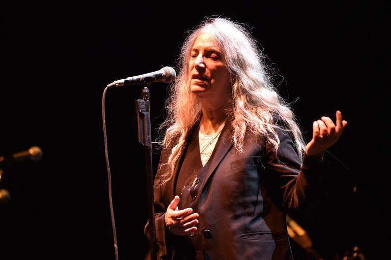 Patti Smith ofreció una ceremonia salvaje de rock en el Luna Park
