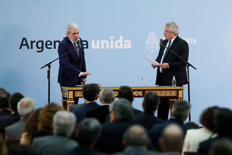 Aníbal Fernández se hizo cargo del Ministerio de Seguridad
