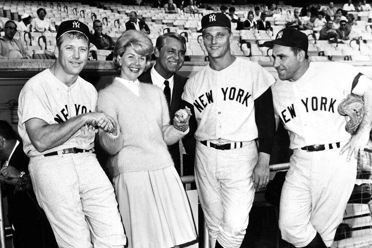El 12 de julio de 1962 junto al actor Gary Grant