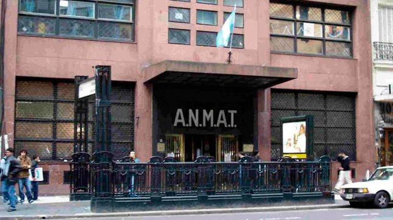 La Anmat prohibió el uso, la comercialización y la distribución en todo el territorio nacional de una pasta libre de gluten, un queso, un aceite de oliva y un aceite de girasol