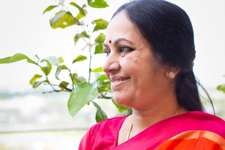 Banhu Didi fue invitada al W20 por su compromiso con la educación de los niños y las niñas en la India