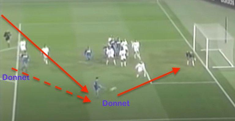 Boca tuvo muchas jugadas preparadas contra Milan: esta acción salió de un tiro libre frontal de Cascini para la aparición de Donnet por sorpresa llegando por el segundo palo