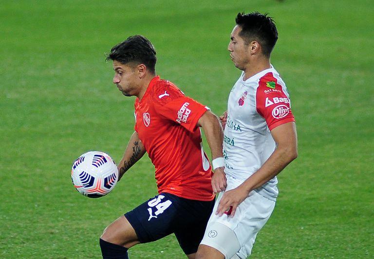 Sebastián Palacios ya no jugará en Independiente; emigró al fútbol griego