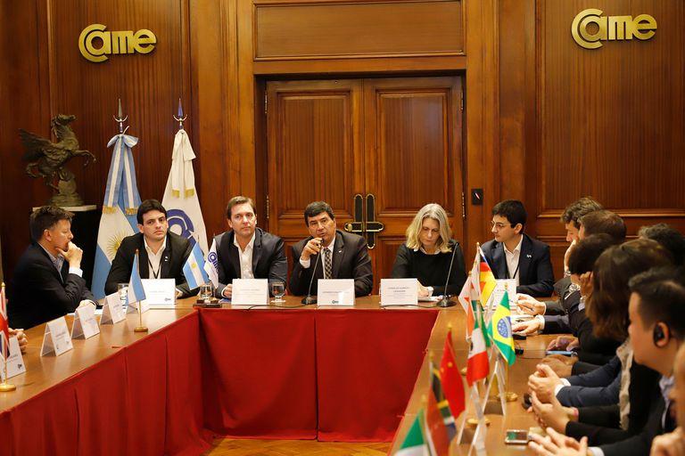 Diputados nacionales expusieron durante la cumbre de jóvenes emprendedores del G20