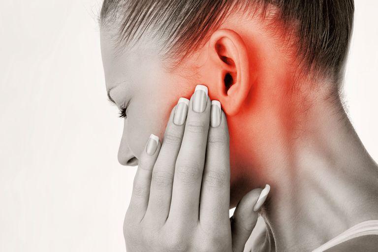 Cómo destapar los oídos: 5 trucos para terminar con la molestia