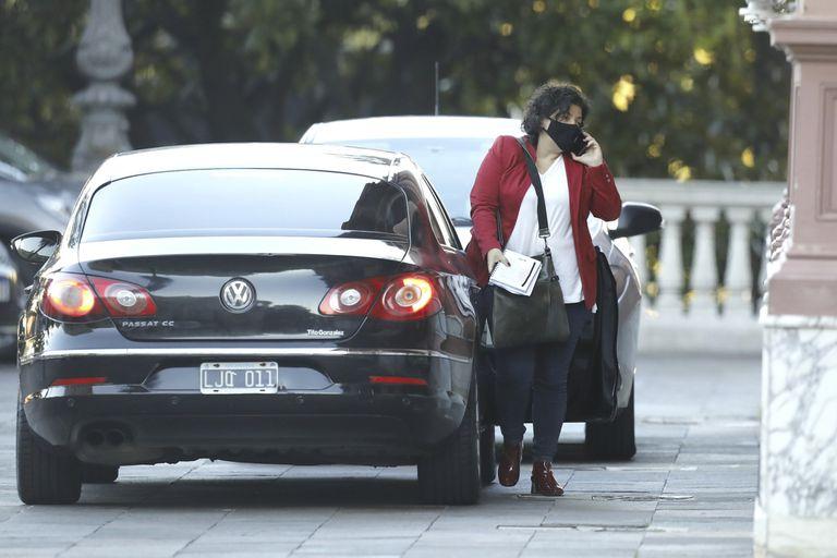 La ministra de Salud, Carla Vizzotti, llega a la casa de gobierno
