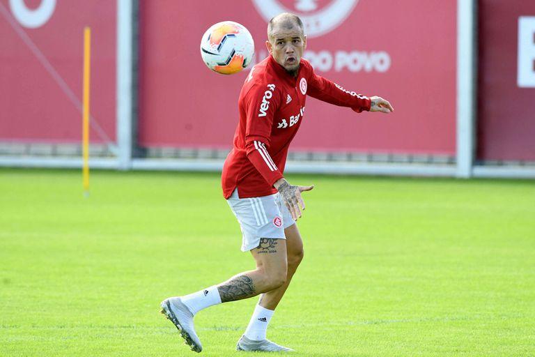 Andrés D´Alessandro volvió a los entrenamientos, en el Inter de Porto Alegre