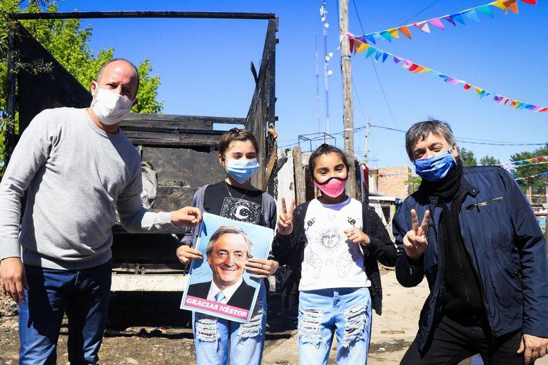 Máximo Kirchner con el intendente de Lomas de Zamora, Martín Insaurralde, quien integra la lista y fue su principal apoyo entre los jefes comunales