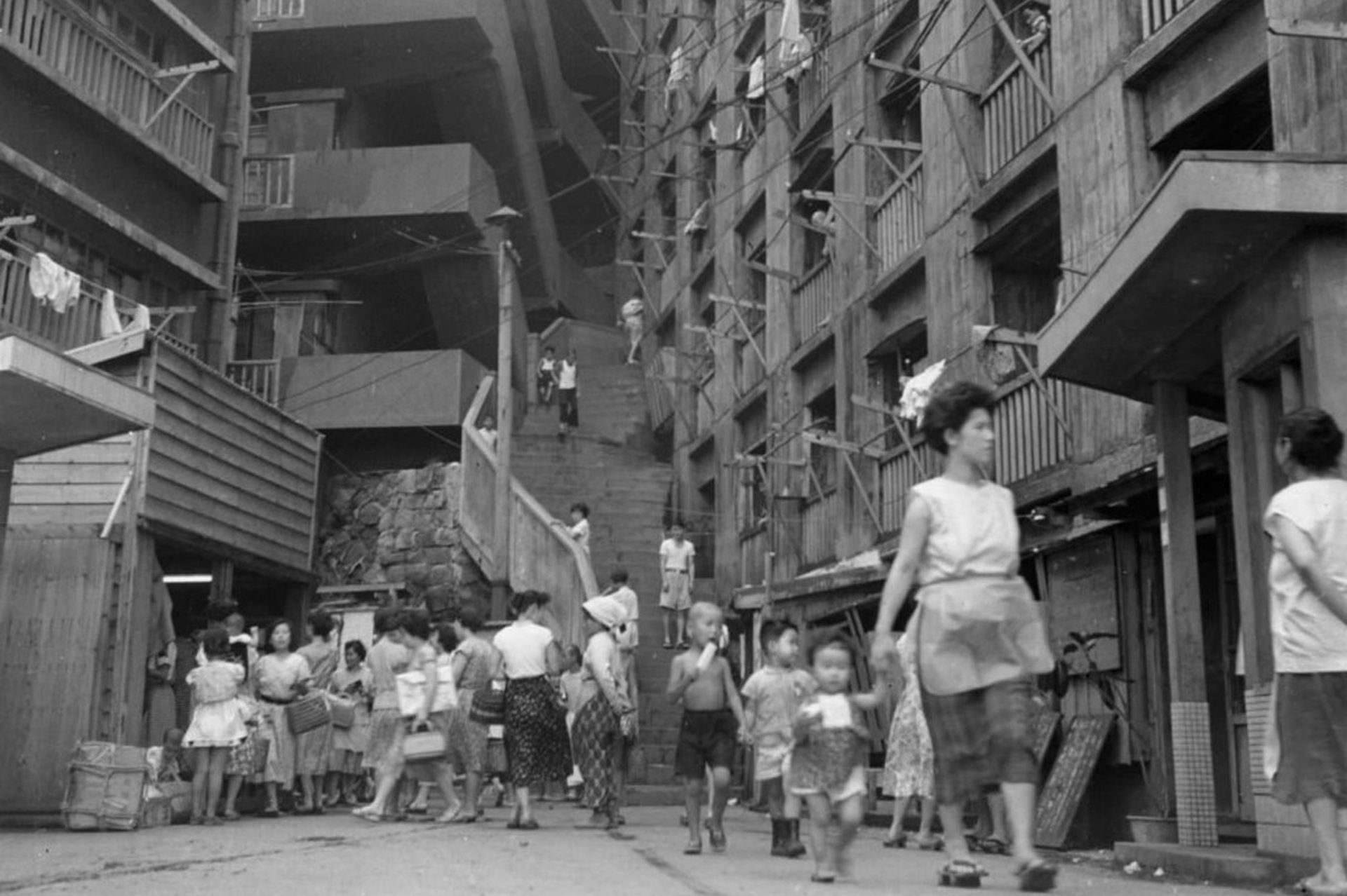 La isla contaba con unos 150 edificios para albergar a los mineros del carbón y a sus familias