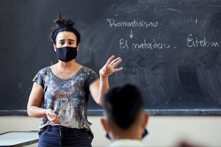 """La mayoría de los estudiantes de todos los niveles pasará de grado con """"promoción acompañada"""""""