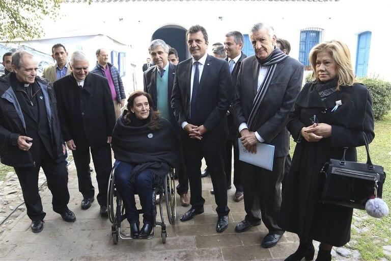 Casaretto, Lozano, Michetti, Inzaurraga, Massa, Gioja y Camaño, en la Casa Histórica de Tucumán