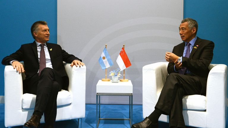 Macri junto al primer ministro de Singapur, Lee Hsien Loong