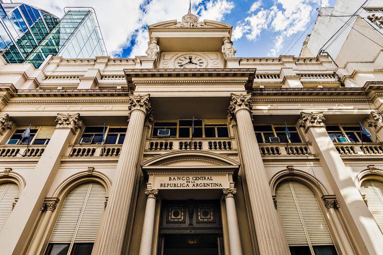 """La nueva normativa forma parte de la """"Guía del Banco Central de la República Argentina para una comunicación inclusiva"""""""