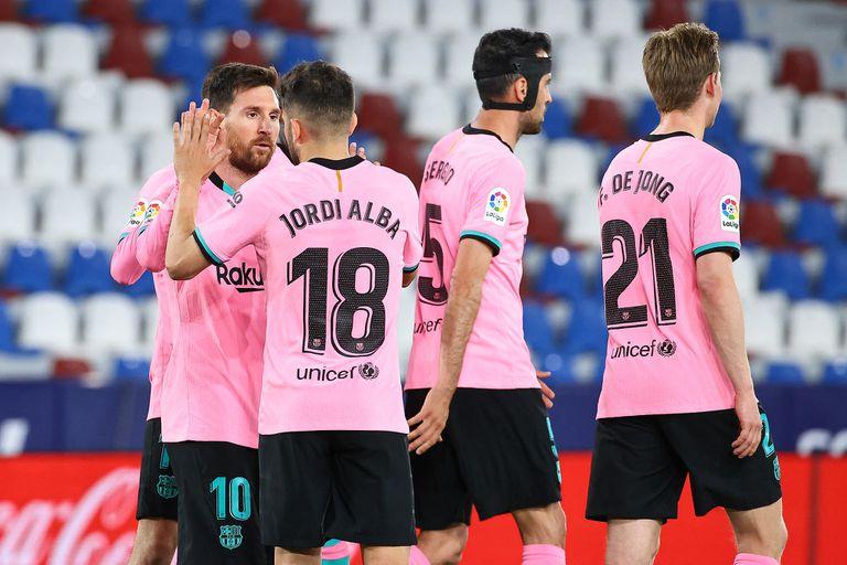 Liga de España: Barcelona, con un gol de Messi, gana y se mantiene en la lucha por el título - LA NACION