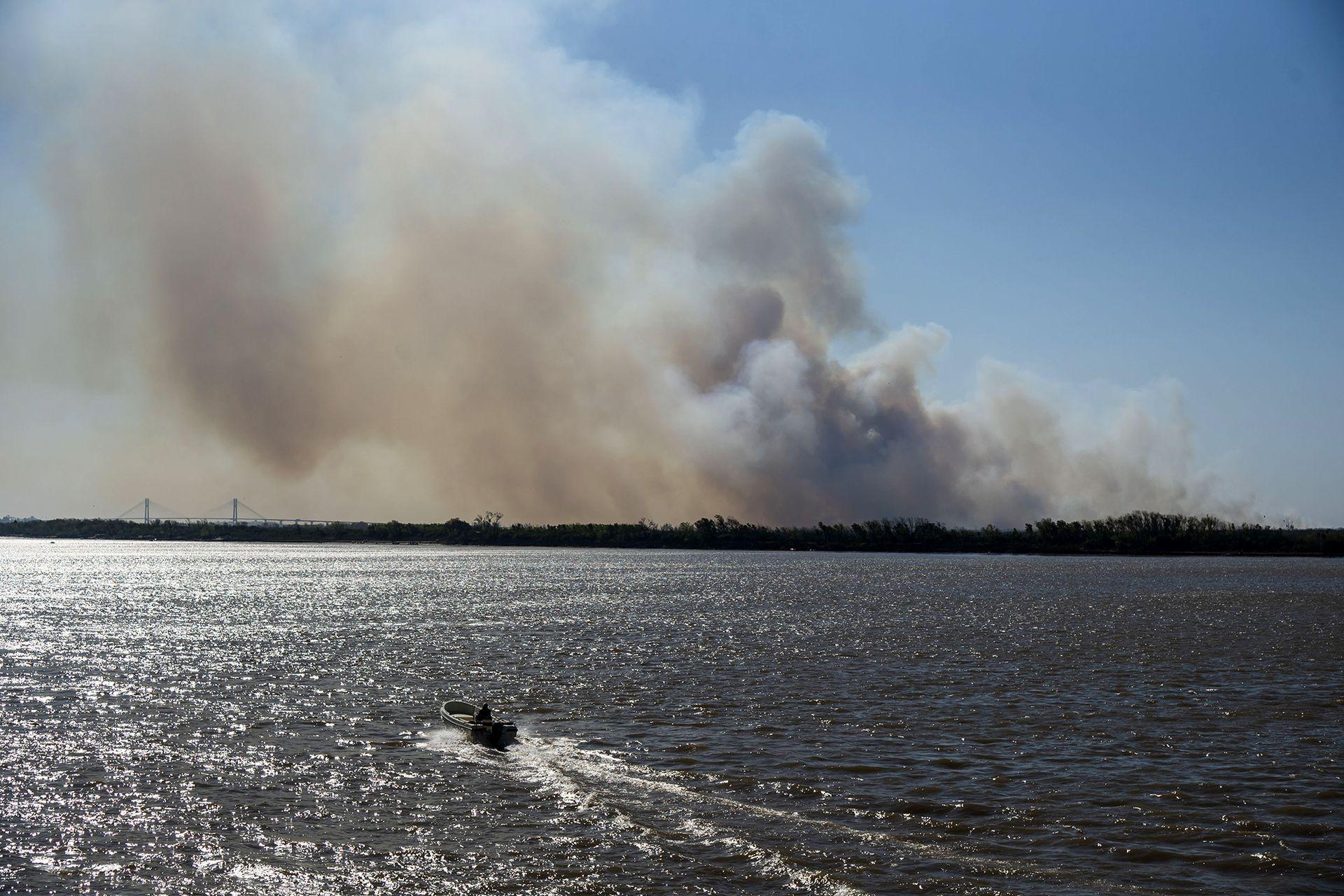 Desde las organizaciones ambientalistas calculan que, en los últimos 20 meses, se incendiaron unas 900.000 hectáreas sobre los 2,3 millones totales del Delta