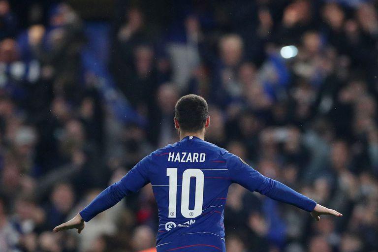 Eden Hazard, la estrella de Chelsea, anotó el penal decisivo en la definición: su equipo jugará la final con Arsenal