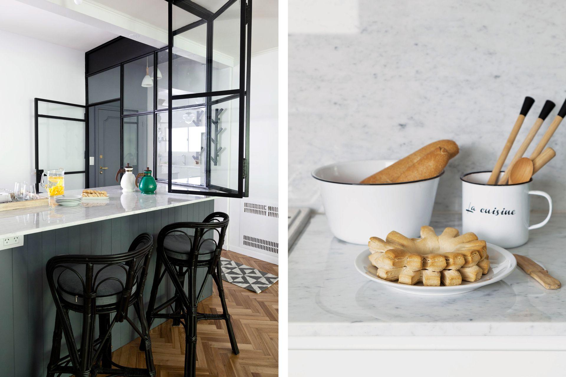 ¿Mesada de Carrara? Aunque los arquitectos aclaran siempre que es una piedra porosa que se mancha, muchos clientes la siguen eligiendo por su belleza y la forma en que refleja la luz.