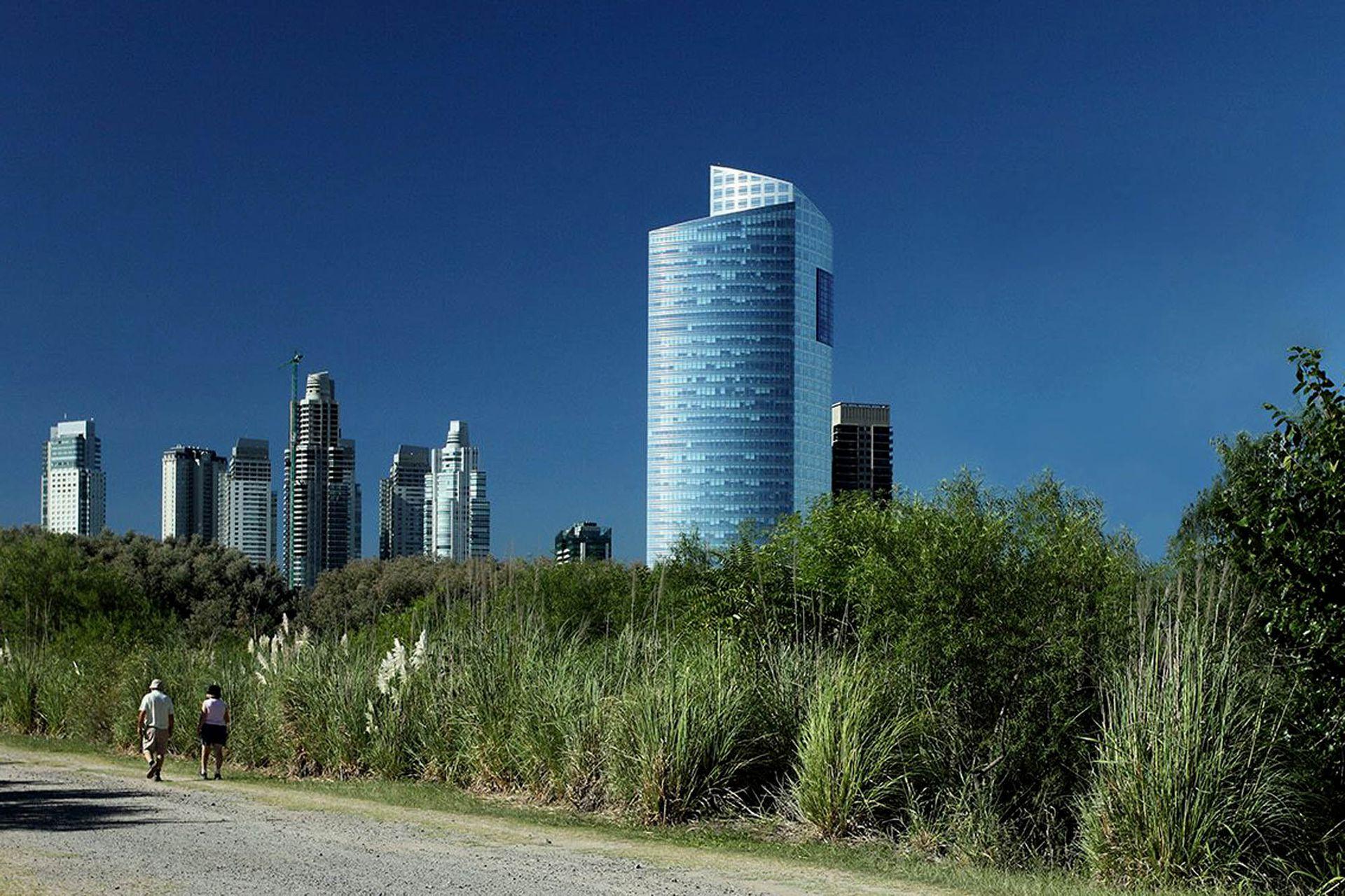 La torre YPF-Repsol en Buenos Aires