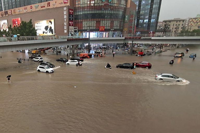 La escena de las inundaciones en Zhengzhou en China, hoy