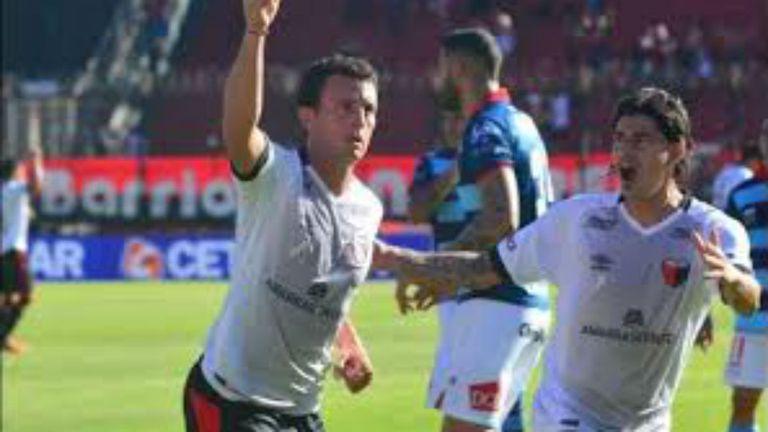 Pablo Ledesma hizo festejar a Colón