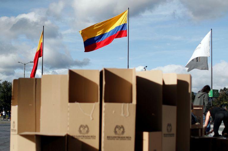 Elecciones en Colombia: abrieron las urnas para elegir al sucesor de Santos