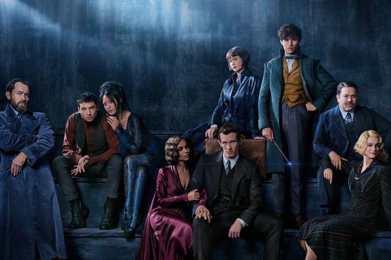 El elenco de la nueva película Animales fantásticos: los crímenes de Grindelwald que descubre un secreto que J. K. Rowling guardó por veinte años