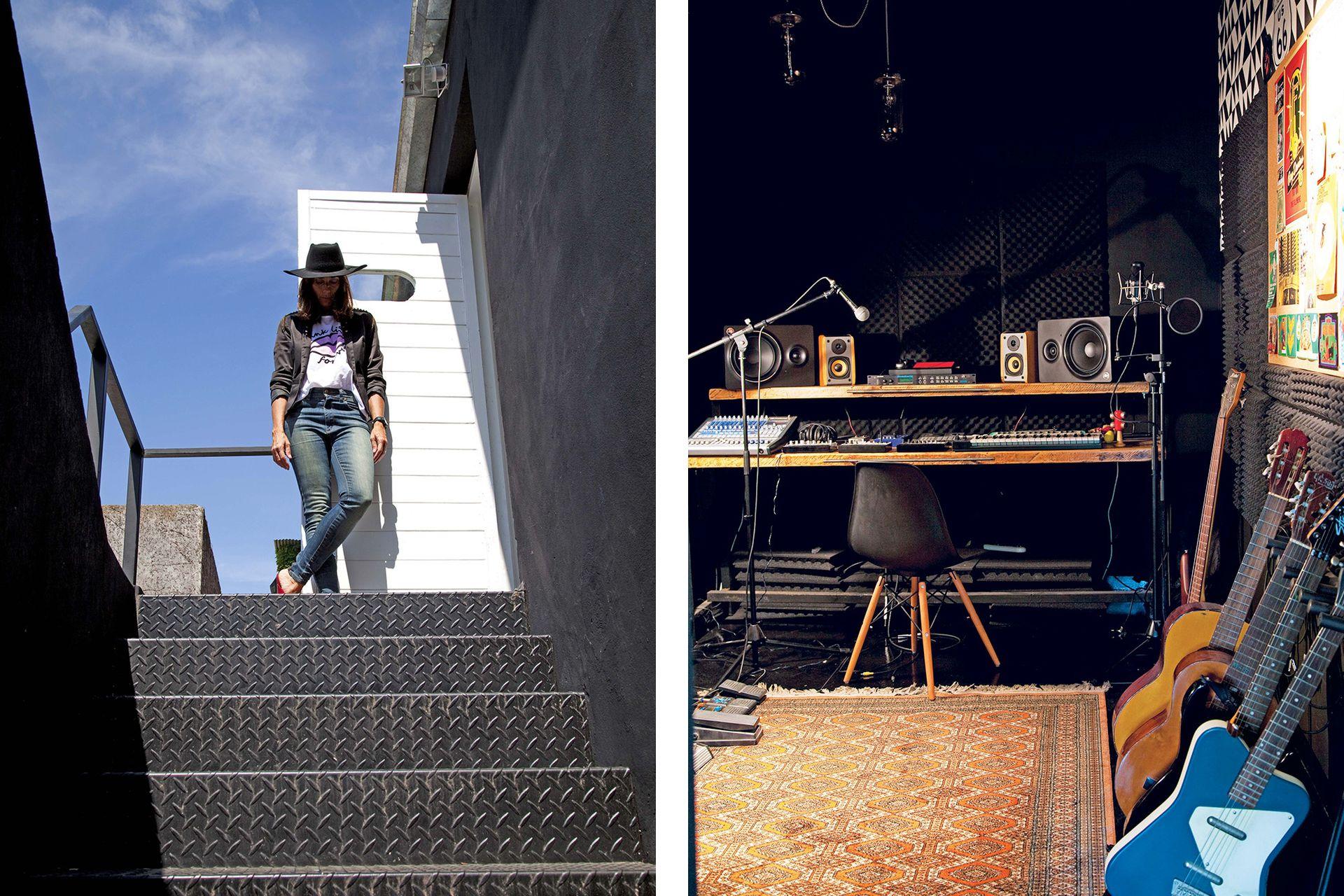 """La entrada exterior al nivel de """"ocio creativo"""", como le llama Laura, es por una escalera de chapa negra."""