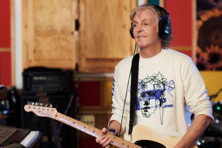 El cantante escribió diez canciones en cuarentena y se transformaron en su nuevo y más reciente álbum