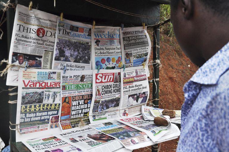 La noticia del acuerdo entre el ejército y Boko Haram fue hoy tapa de todos los diarios de Nigeria