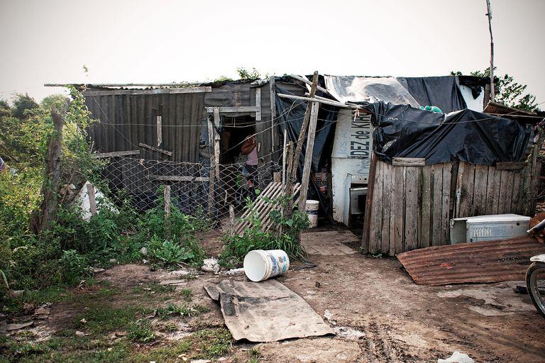 La UCA advierte que hay 1,5 millones de personas que podrían volver a la pobreza