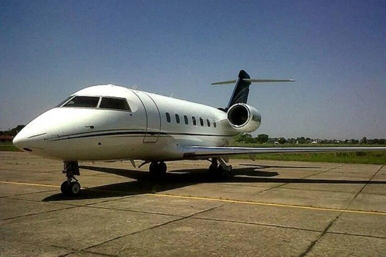 El avión donde se ocultaron 944 kilos de cocaína que fueron descubiertos en el aeropuerto de El Prat, en Barcelona
