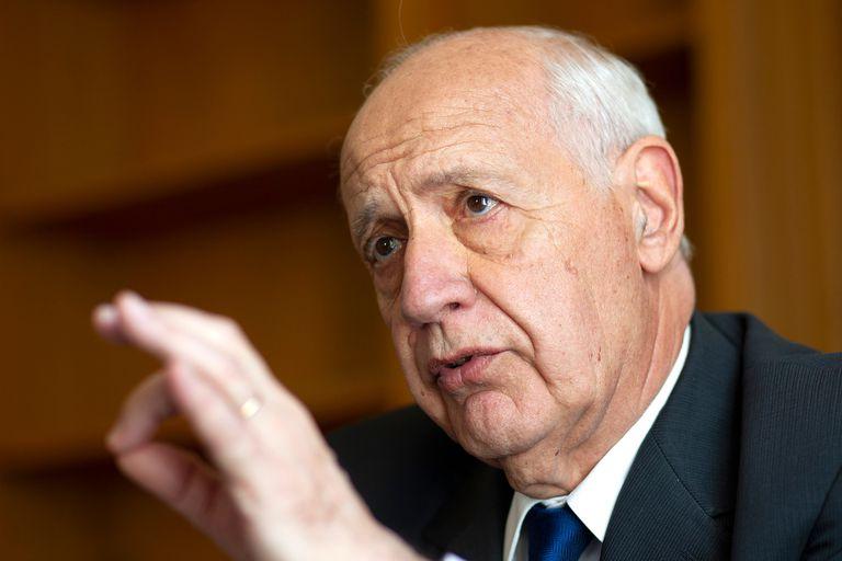 El exministro de Economía Roberto Lavagna lanzó una serie de mensajes en las redes sociales durante el banderazo