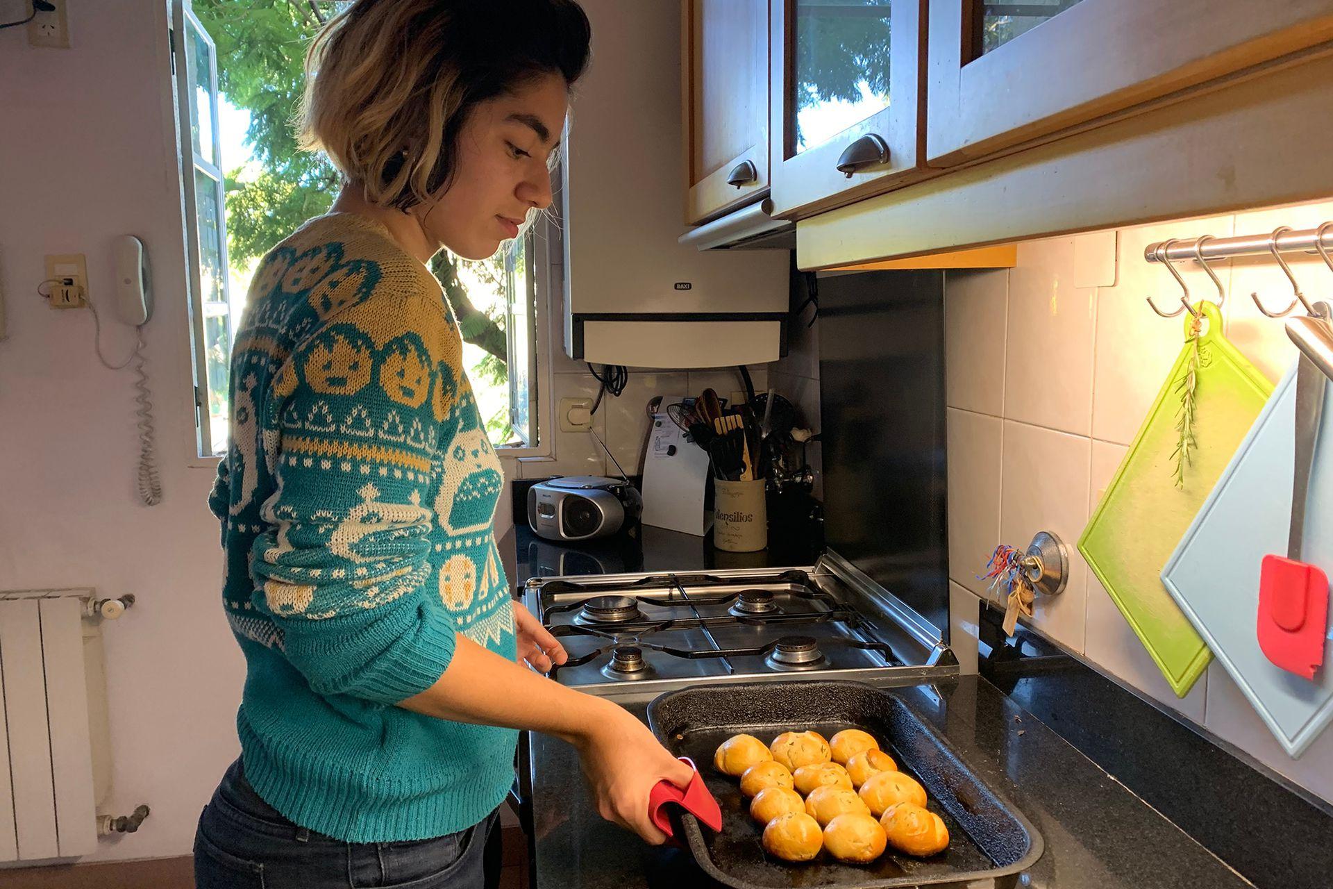 Lina descubrió su facilidad para la cocina en cuarentena