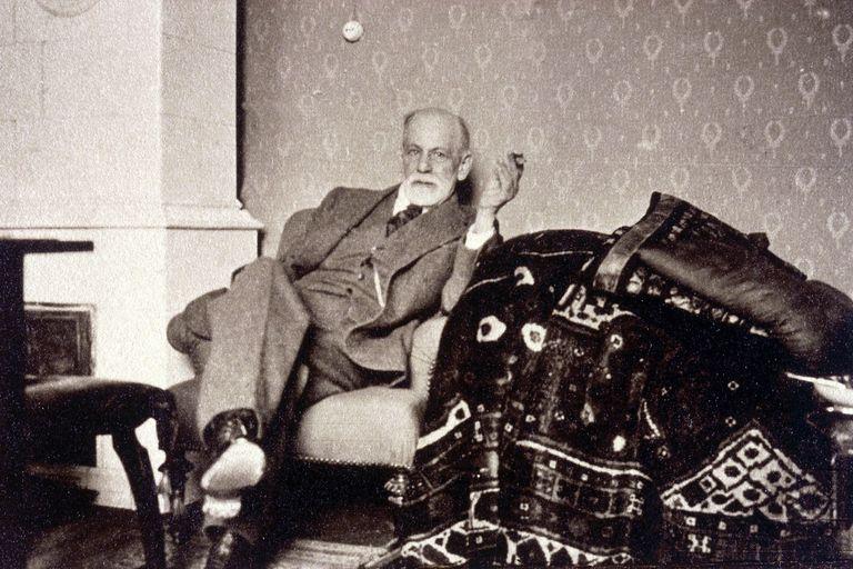 Efemérides d el 6 de mayo: se cumple un nuevo aniversario del nacimiento de Sigmund Freud