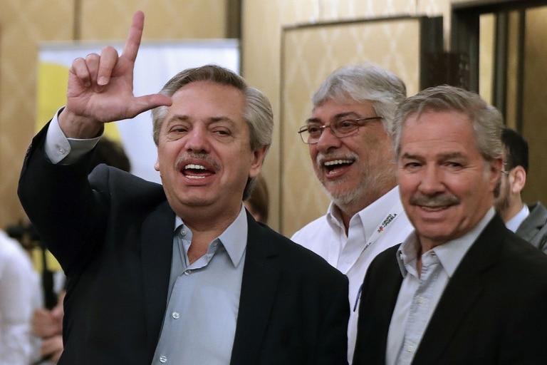 Alberto Fernández, el paraguayo Lugo y Felipe Solá, en un acto de 2019