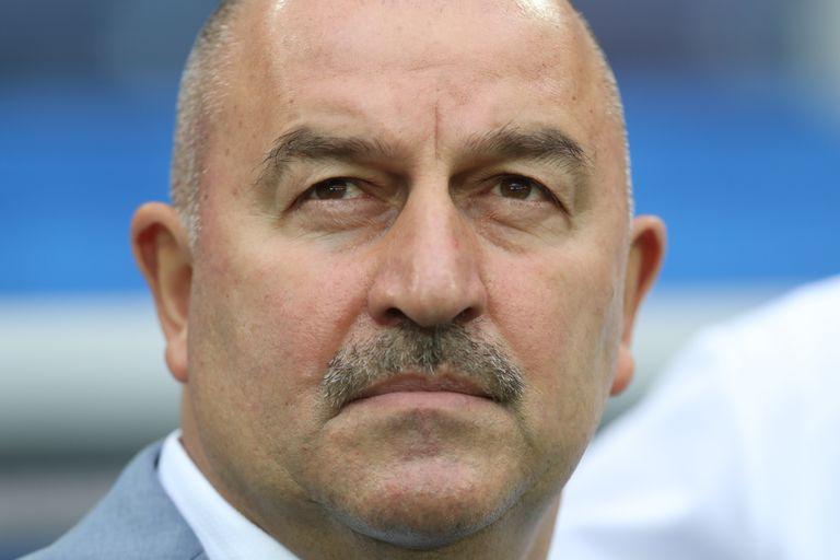 Rusia despidió al entrenador Stanislav Cherchesov tras la mala Eurocopa