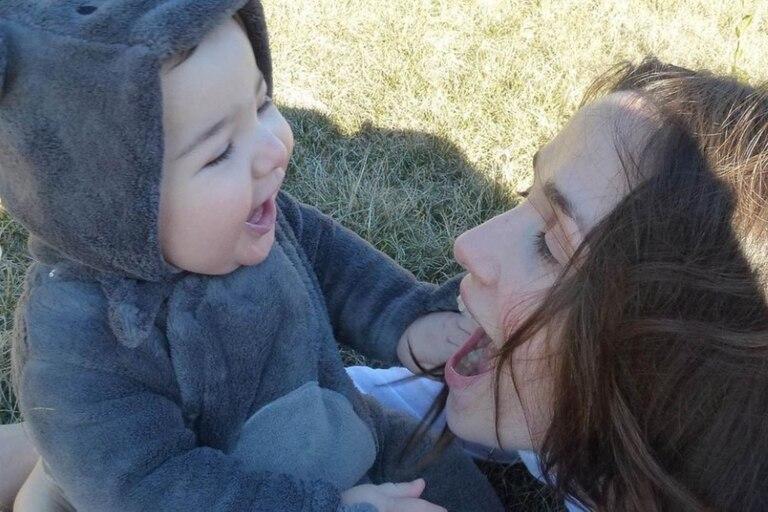 Con un dulce álbum de fotos, Natalia Oreiro homenajeó a su hijo en su cumpleaños