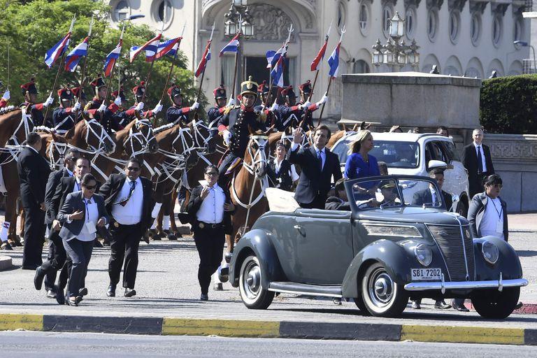Lacalle Pou deja el Parlamento con su vice, Beatriz Argimón