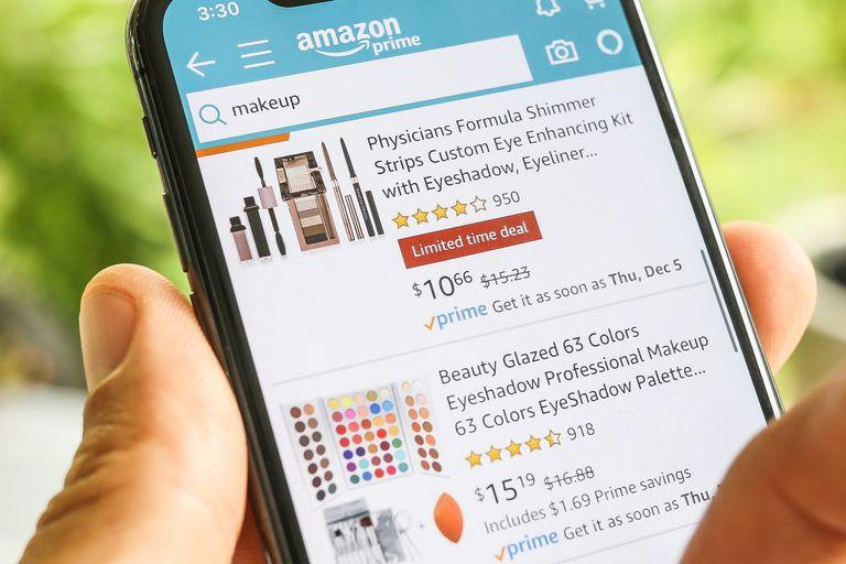 La tienda minorista online cuenta con un sistema de reseñas donde profileran miles de opiniones falsas, incentivadas por pagos y productos gratis de diversos fabricantes y vendedores