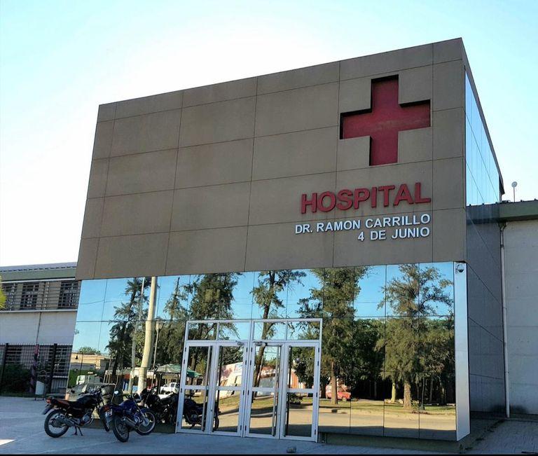 El Hospital 4 de Junio, de Sáenz Peña, lugar al que trasladaron a la niña de 2 años luego de que se descompensó. Llegó allí sin signos vitales