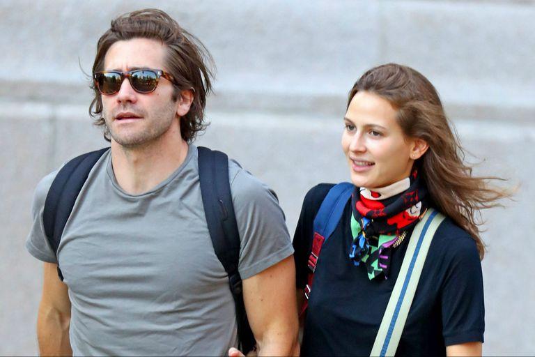 Jake Gyllenhaal se mostró públicamente con su novia, la modelo Jeanne Cadieu