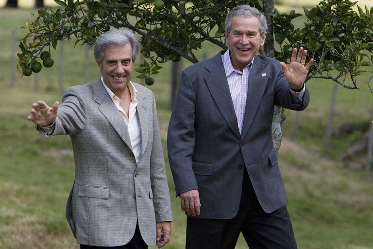 """""""Un susto a los argentinos"""": revelan una charla entre Tabaré y Bush por Botnia"""