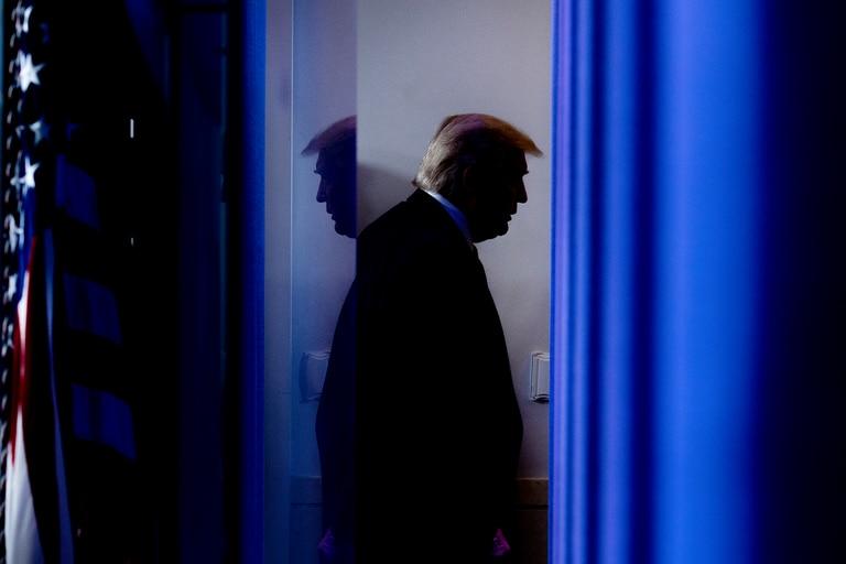 Trump estuvo mucho más enfermo por el Covid-19 de lo que se reveló